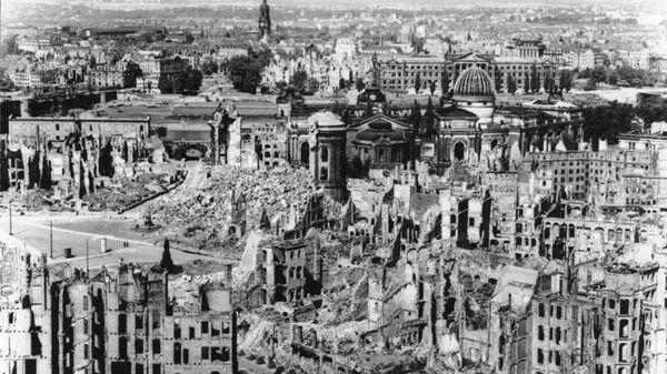 Вид разрушений. Фото из немецких архивов, 1945 год