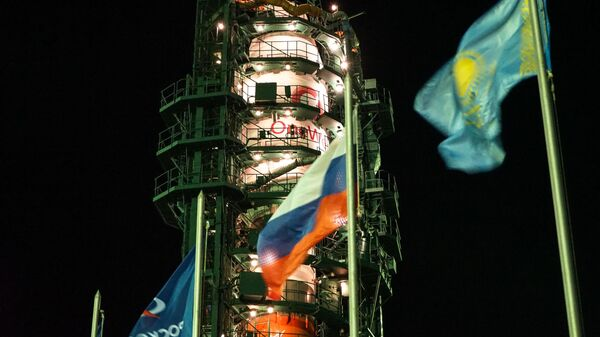 Ракета-носитель Союз-2.1б с разгонным блоком Фрегат и 34 космическими аппаратами OneWeb на борту. 7 февраля 2020
