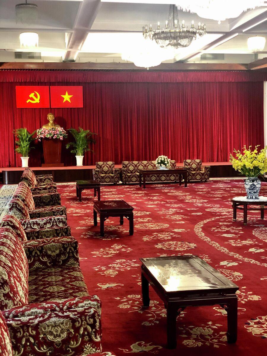 Интерьер во Дворце независимости, Хошимин, Вьетнам