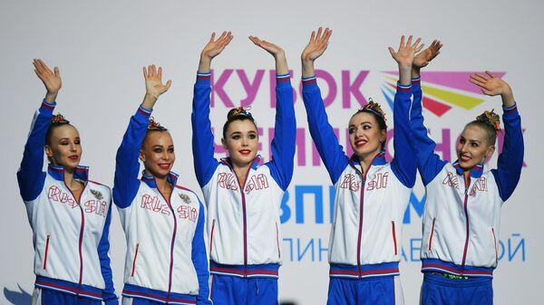 Российские гимнастки Анастасия Максимова, Анастасия Близнюк, Мария Толкачева, Евгения Леванова, Ангелина Шкатова