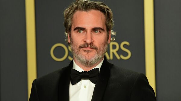 Актер Хоакин Феникс на церемонии вручения премии Оскар