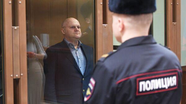 Бывший руководитель Главного следственного управления Следственного комитета РФ по городу Москве Александр Дрыманов в суде