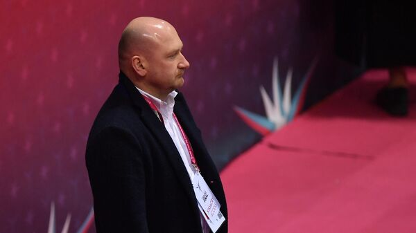 Российский тренер по фигурному катанию Евгений Рукавицын