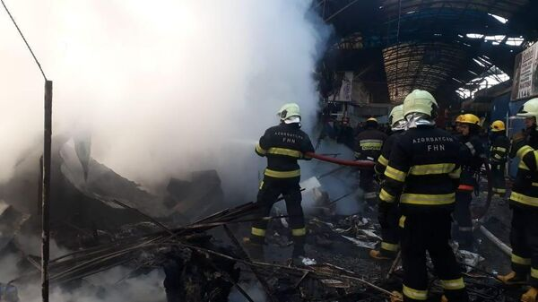 Тушение пожара в Баку