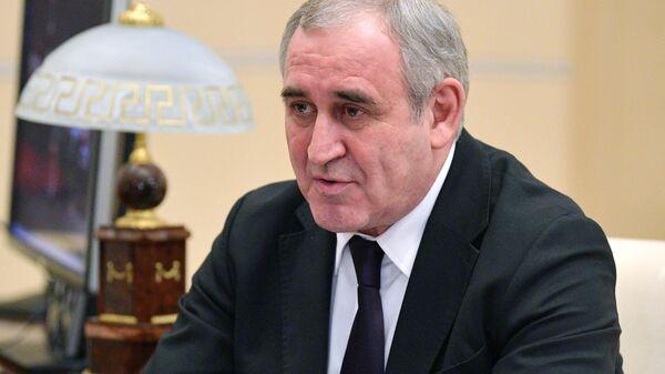 Руководитель фракции партии Единая Россия в Государственной думе Сергей Неверов