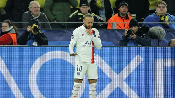 Неймар после забитого гола в ворота Боруссии в матче Лиги чемпионов.
