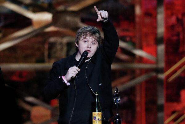 Певец Льюис Капальди на церемонии вручения премии Brit Awards в Лондоне