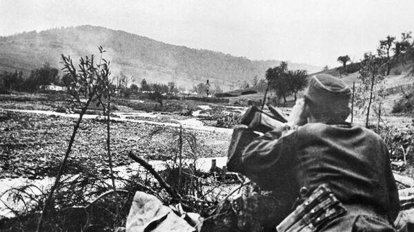 Удары немецкой артиллерии по позициям Красной армии во время боя за Словакию