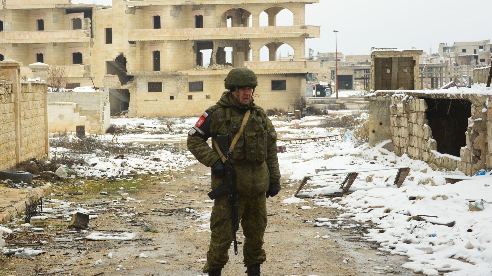 Российская военная полиция в освобожденном сирийском городе Маарет-Нууман - РИА Новости, 1920, 07.03.2021