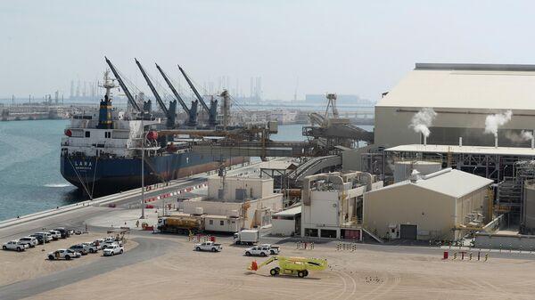 Катарский объект по производству сжиженного природного газа компании Qatar Petroleum