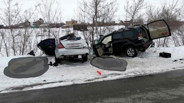 Место ДТП на автодороге Чебаркуль - Уйское - Сурменево - Магнитогорск в Челябинской области. 25 февраля 2020