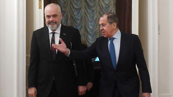 Министр иностранных дел РФ Сергей Лавров и премьер-министр, министр европейских и иностранных дел Республики Албания, действующий председатель ОБСЕ Эди Рама во время встречи . 26 февраля 2020