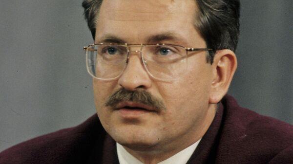 Тележурналист Владислав Листьев