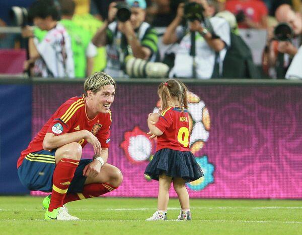 Фернандо Торрес с дочерью Норой