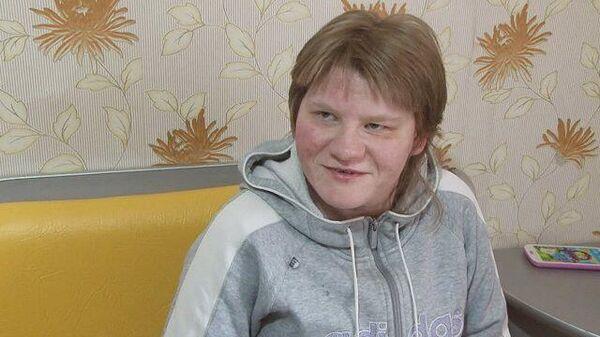 Сделайте мне лифт: девушка-инвалид несколько месяцев не может выйти из дома