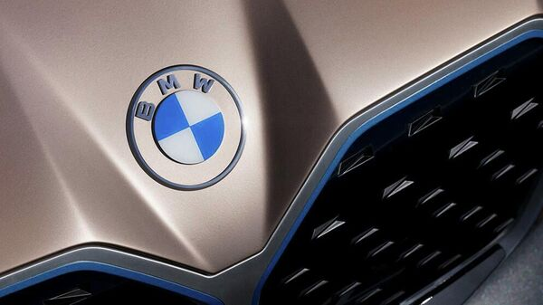 Новый логотип компании BMW
