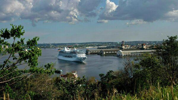 Порт в Гаване, Куба