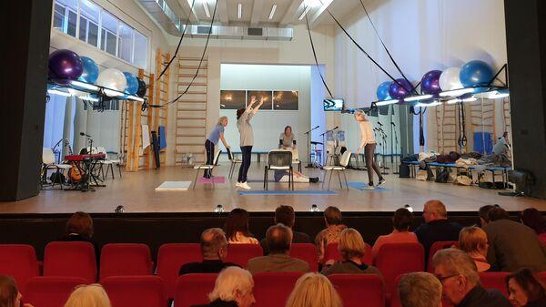 Перед началом спектакля Декамерон в Берлине