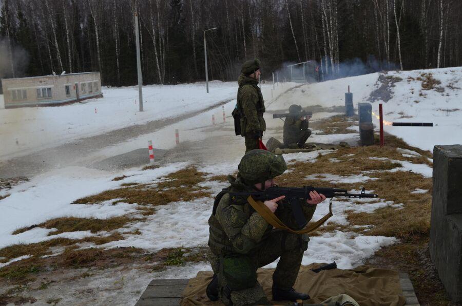 Стрельба из реактивного пехотного огнемета