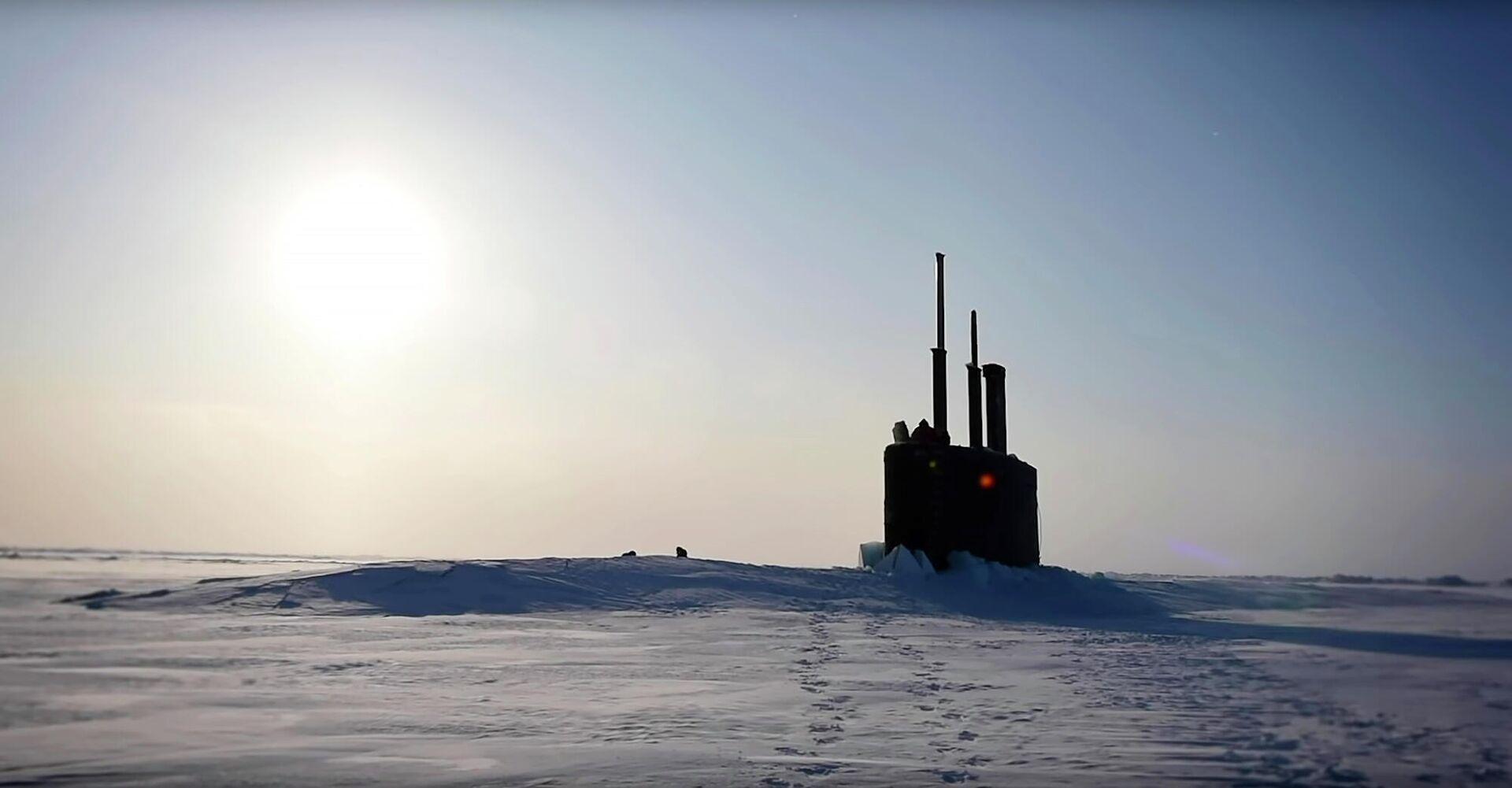 Всплытие американской атомной подводной лодки Toledo в Арктике - РИА Новости, 1920, 20.10.2020