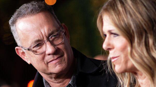 Актер Том Хэнкс и его жена певица Рита Уилсон
