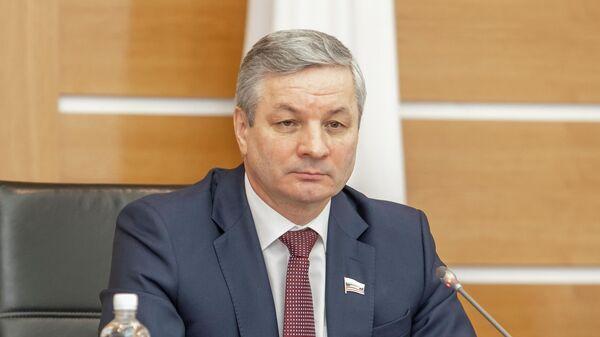 Спикер Заксобрания области Андрей Луценко