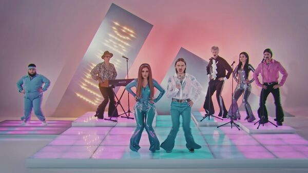 Стоп-кадр видео Uno группы Little Big