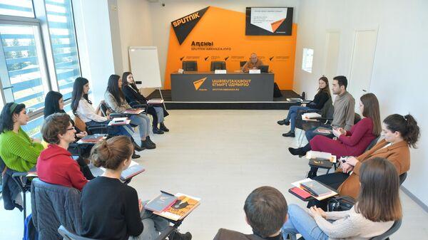 Развивающий семинар для журналистов SputnikPro