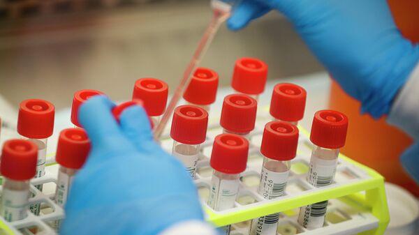 Лаборатория, проводящая тестирование на коронавирус в США