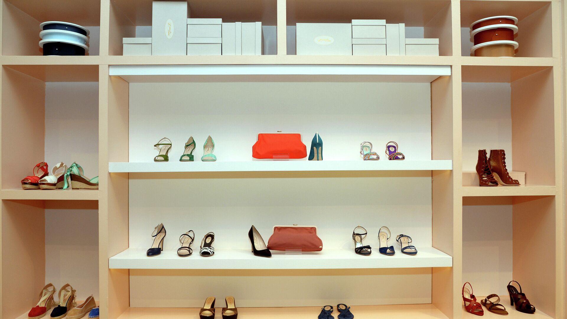 Обувь из коллекции SJP на открытии магазина Nordstrom в Нью-Йорке - РИА Новости, 1920, 12.04.2021