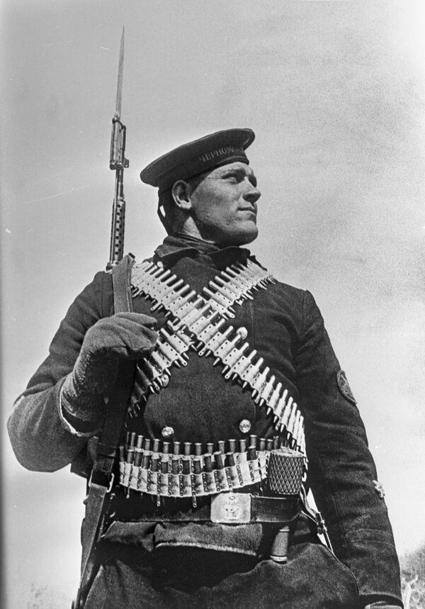 Защитник Севастополя морской пехотинец Федор Видмира