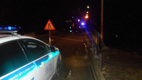 Разрушения опоры моста в районе приморского города Фокино