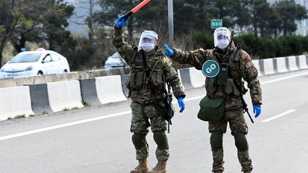 Блокпост на въезде в Тбилиси
