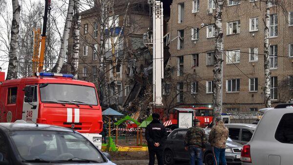 На месте взрыва в Орехово-Зуево работают десять расчетов кинологов
