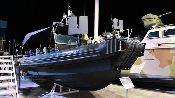 Скоростная штурмовая лодка БК-10, разработанная на Рыбинской верфи концерна Калашников
