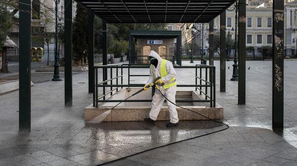 Сотрудник коммунальной службы в Афинах