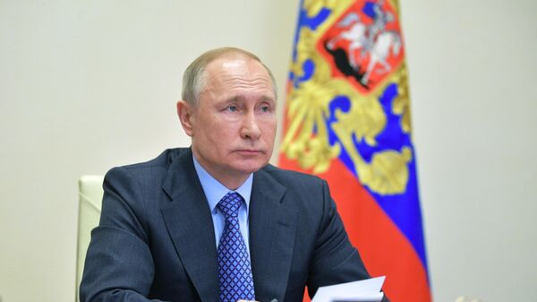 Путин заявил, что зарплатные кредиты должны обеспечить гарантиями ВЭБ