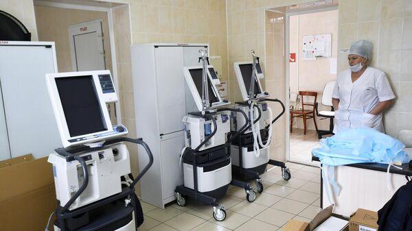 Аппараты искусственной вентиляции легких в специализированной клинической инфекционной больнице в Краснодаре
