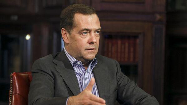 Заместитель председателя Совета безопасности РФ Дмитрий Медведев