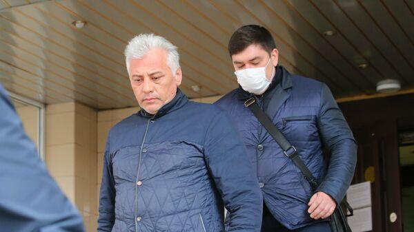 Адвокат Александр Вершинин после избрания меры пресечения в Пресненском суде Москвы