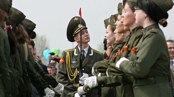Во время военного парада на Площади Тысячелетия в Казани