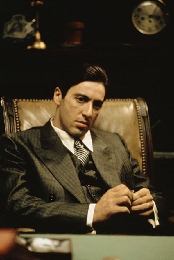 Актер Аль Пачино в роли Майкла Корлеоне в сцене из кинофильма Крестный отец, 1972 год