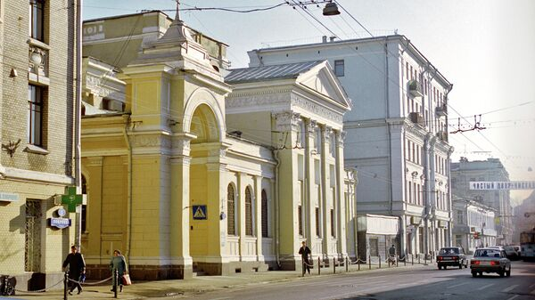 Церковь Троицы Живоначальной на Грязях (Покровка 13)
