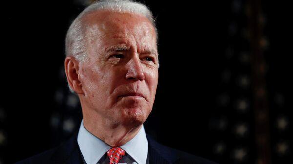 Кандидат в президенты США Джо Байден во время выступления в городе Уилмингтон, Делавэр