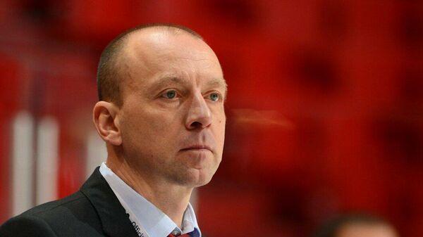 Главный тренер хоккейного клуба Локомотив Андрей Скабелка