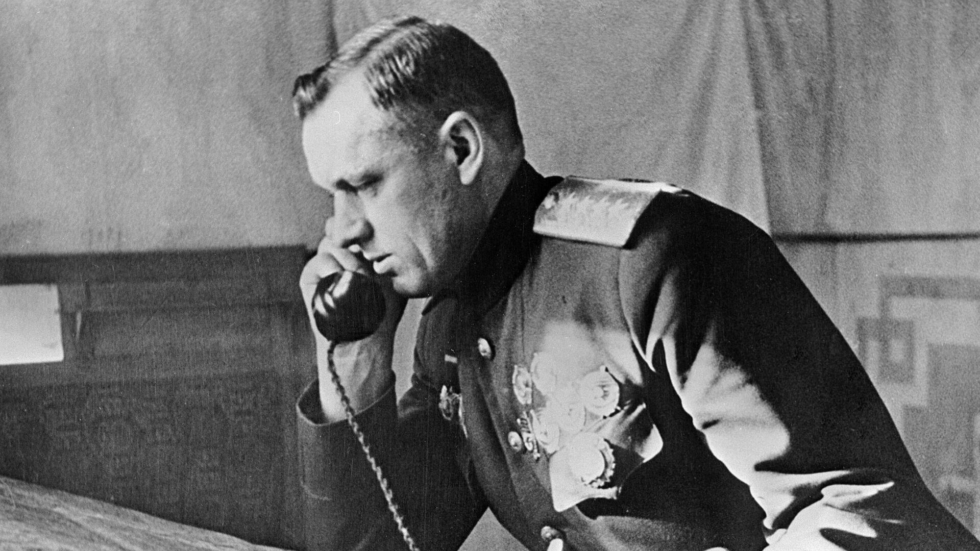 Командующий I-м Белорусским фронтом генерал армии Константин Рокоссовский. - РИА Новости, 1920, 07.05.2021