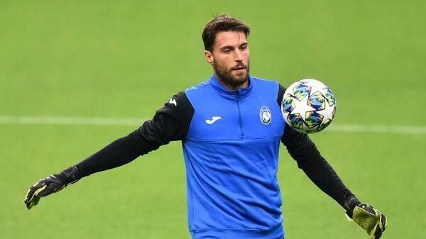 Вратарь футбольного клуба Аталанта Марко Спортьелло