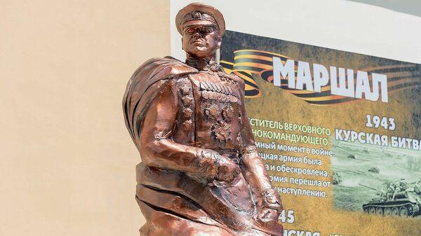 Бюст маршалу Советского Союза Георгию Жукову установлен в Тирасполе