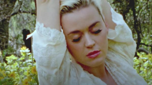 Клип Katy Perry - Daisies