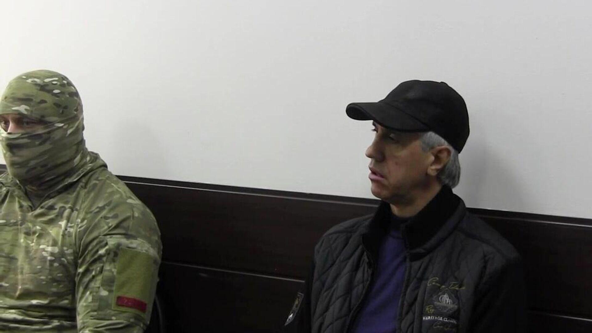 Бизнесмен Анатолий Быков, подозреваемый в организации двойного убийства в 1994 году, во время предъявления обвинения - РИА Новости, 1920, 04.03.2021